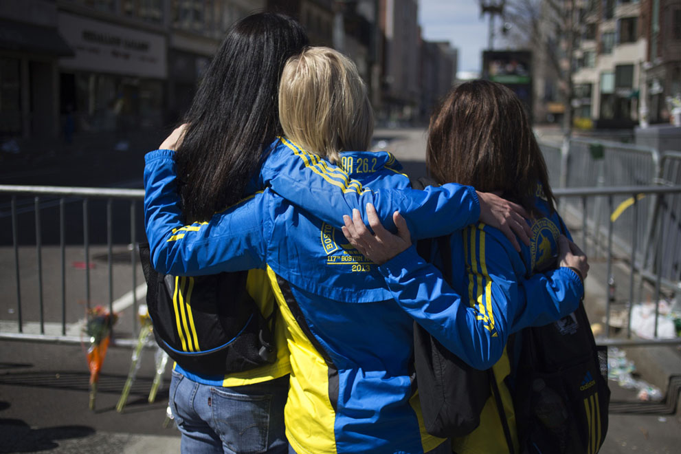 Дань памяти жертв бостонского марафона (2)