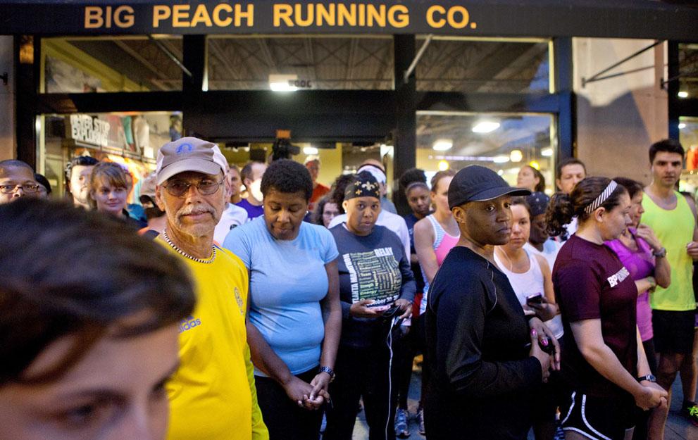 Дань памяти жертв бостонского марафона (4)
