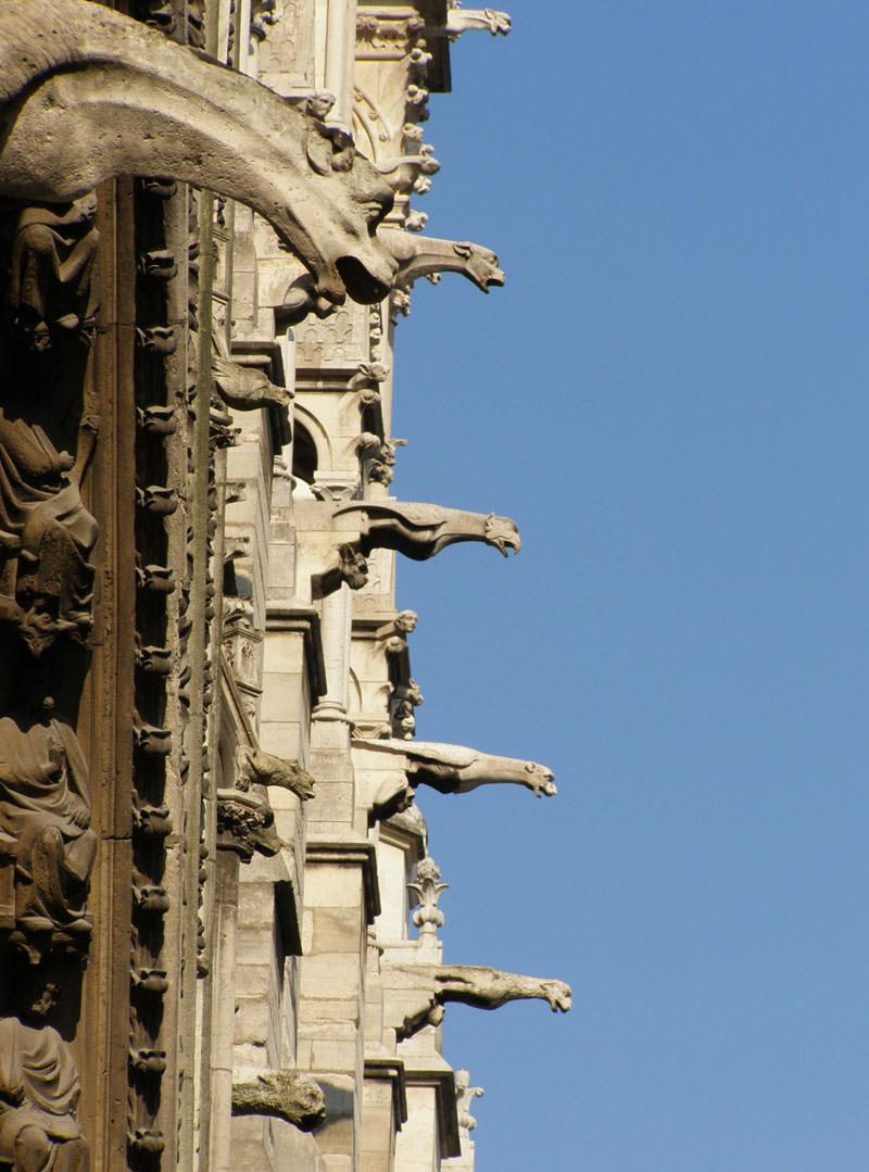 Гаргулья - архитектурные чудища (15)