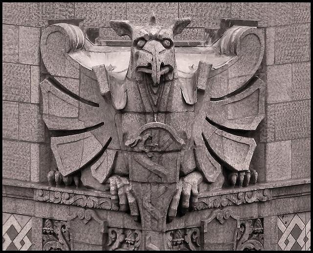 Гаргулья - архитектурные чудища (38)