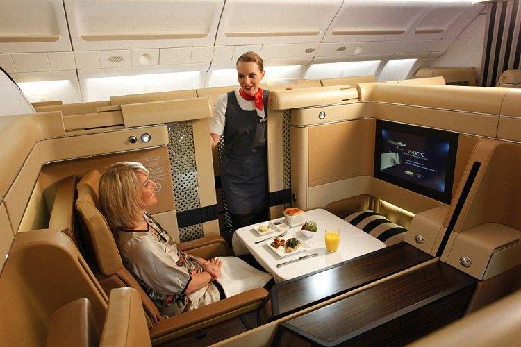 Питание в самолете - обзор авиакомпаний мира (10)