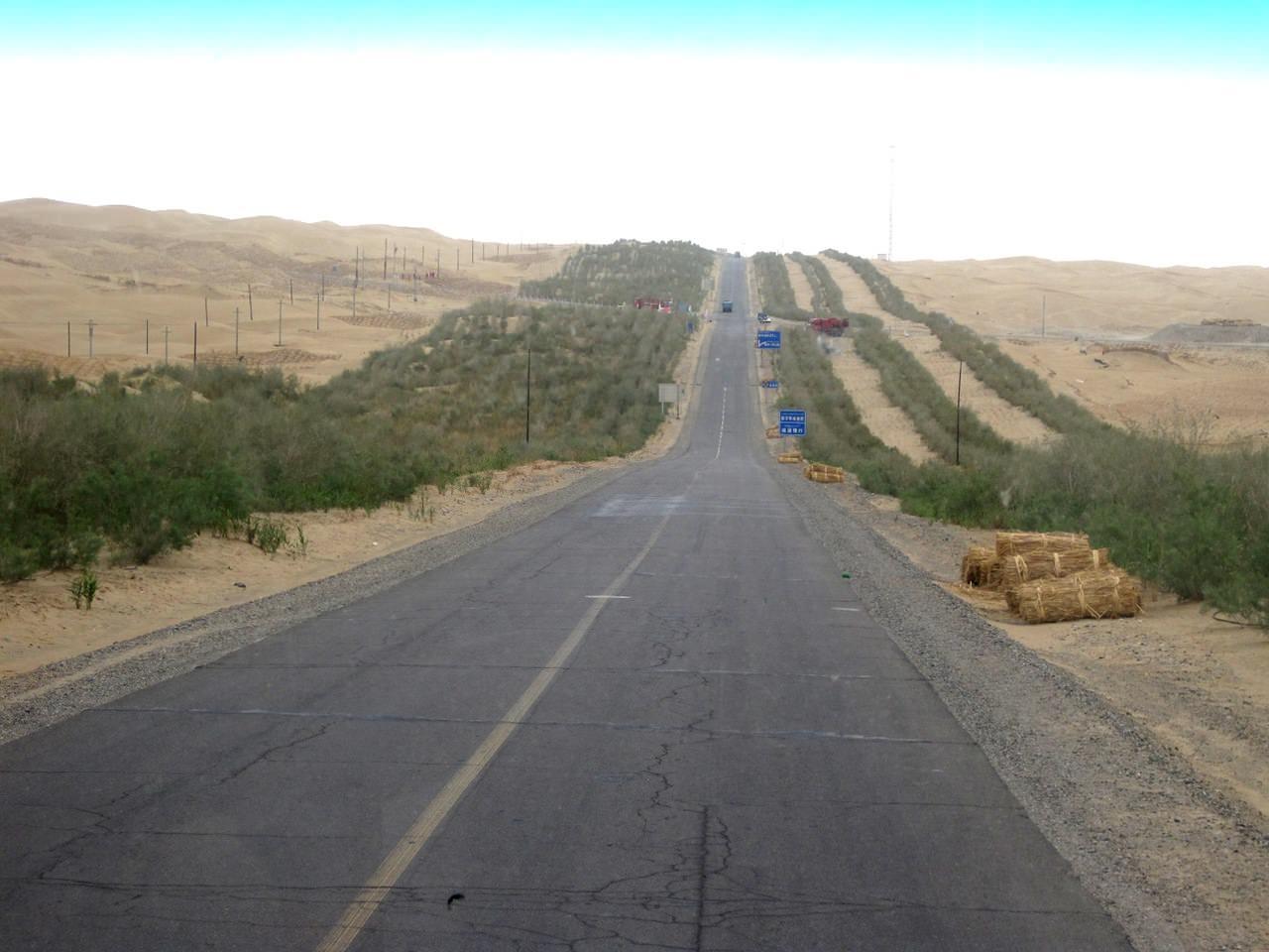 Самое длинное пустынное шоссе в мире (2)