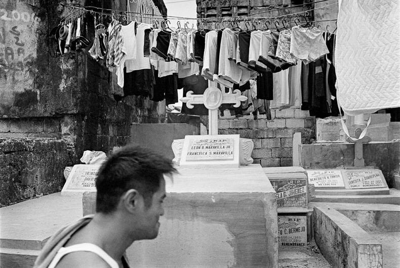 Город-кладбище в Маниле (18)