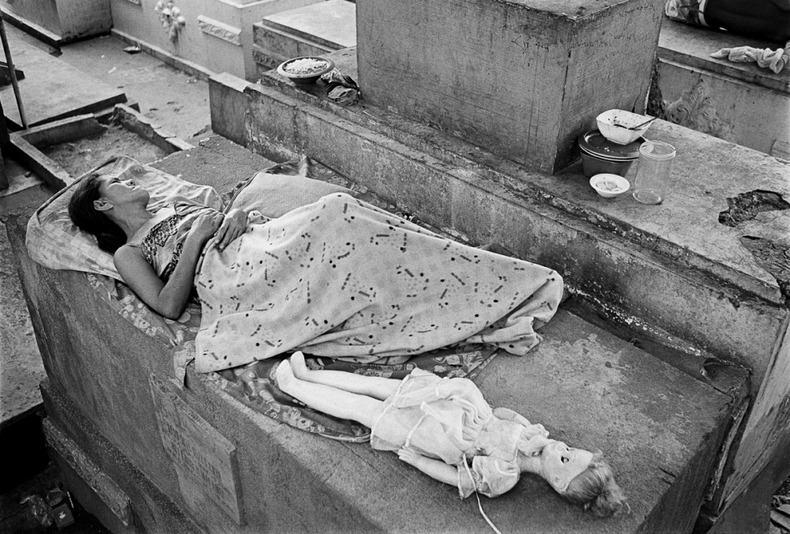Город-кладбище в Маниле (8)