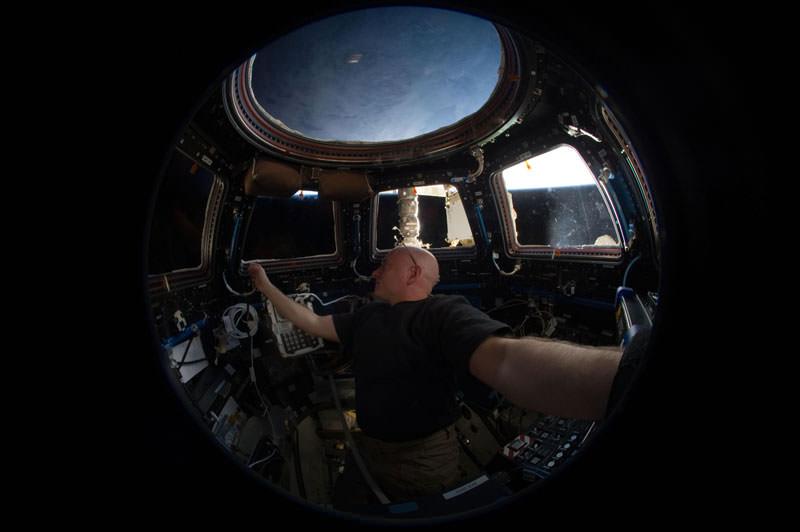 Купол МКС - окно в Космос (10)